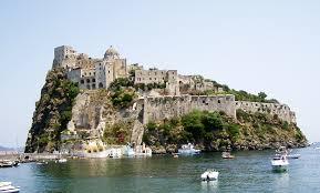 Ischia: l'isola del Mar Tirreno con le terme più amate dagli italiani
