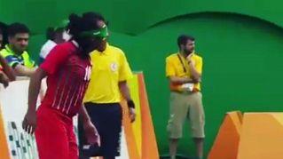 È cieco ma scarta gli avversari e segna un gol alla Messi