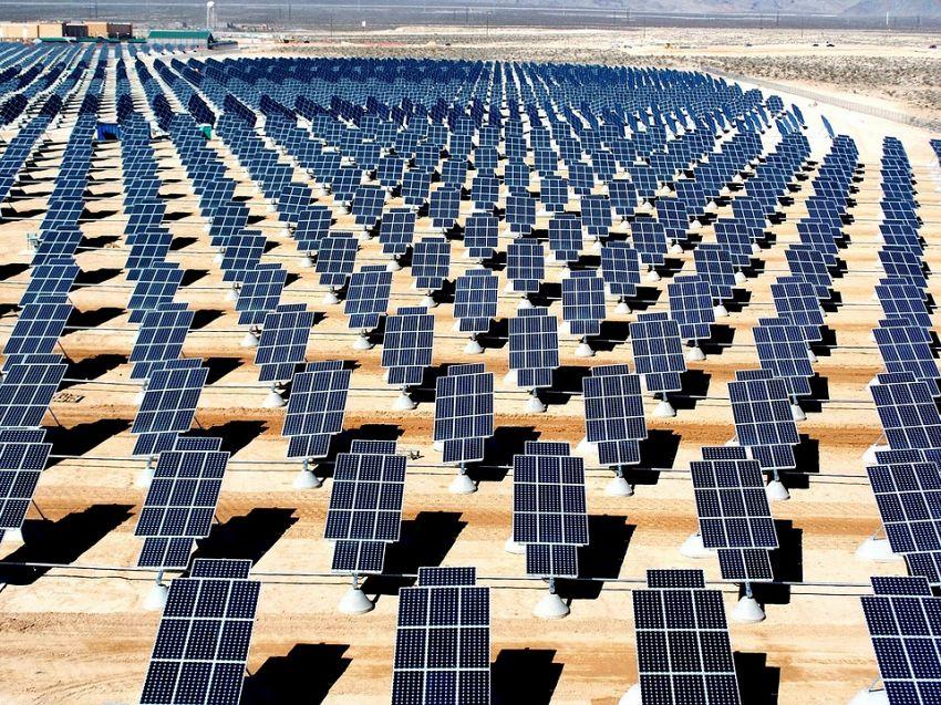 Qual è la migliore energia alternativa? L'energia solare!