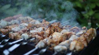 Quali sono gli ingredienti del kebab? Come viene preparato?