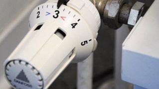 Come rimuovere l'aria dai termosifoni