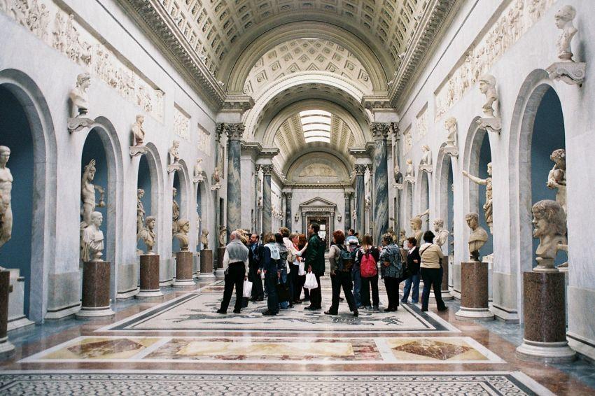 Guida alla bellezza dei Musei vaticani e dintorni romani