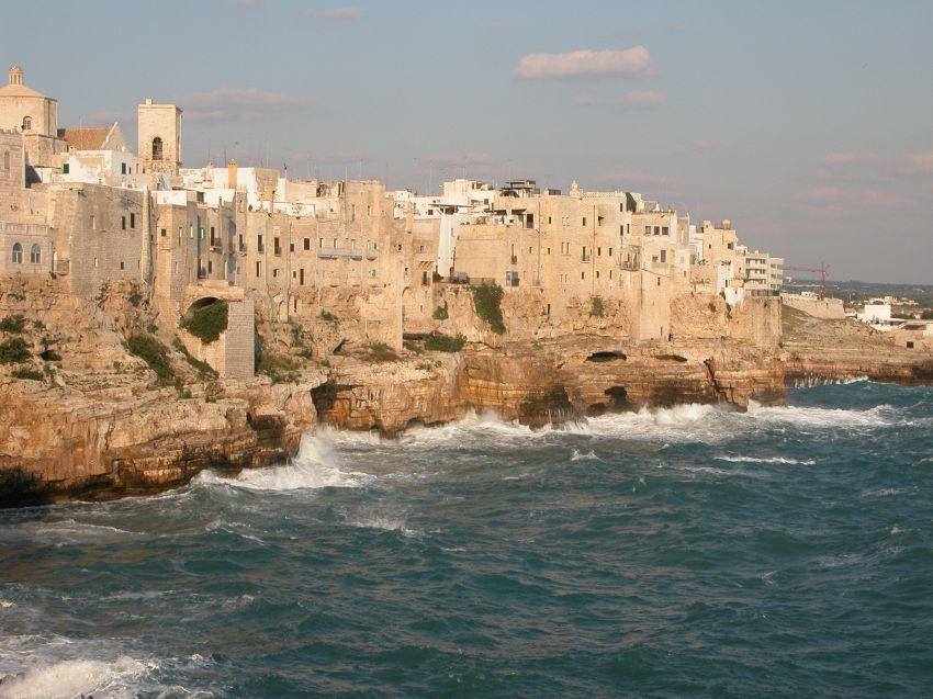 Spiagge, grotte e ristoranti migliori di Polignano a Mare