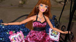 La storia di Barbie: 5 immagini che segnano una svolta