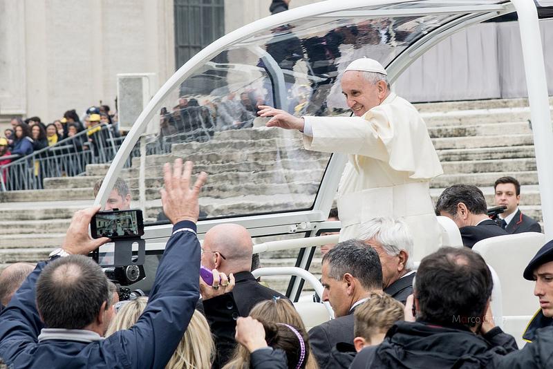 Papa Francesco: da buttafuori a pontefice