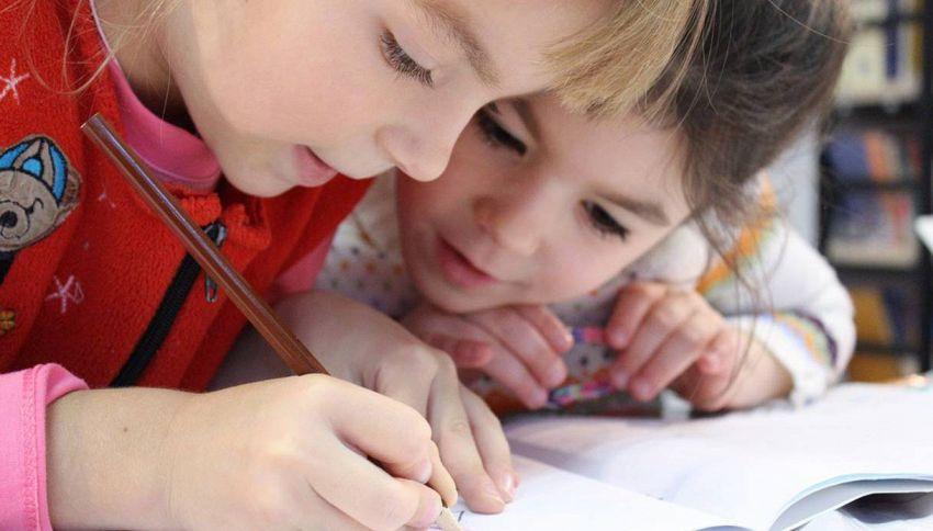 Montessori: 10 consigli per rendere i nostri figli indipendenti e felici