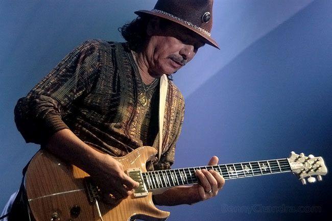 Carlos Santana: la vita del chitarrista rock