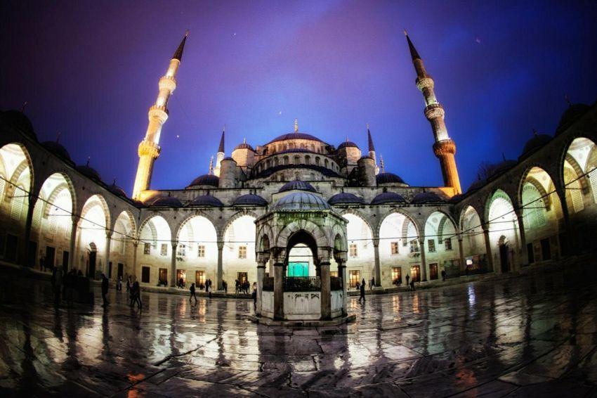 Istanbul: alla scoperta della Moschea Blu, fra storia e suggestioni