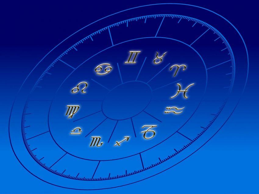 Ariete, Sagittario e Leone, l'oroscopo del triangolo del fuoco