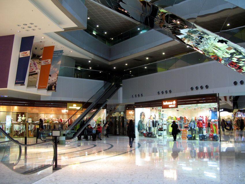 Guida all'Outlet Barberino Vicolungo, il sogno dello shopping