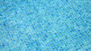 Breve guida alla manutenzione delle piscine fuori terra