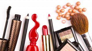 Tutto su Clio Zammatteo: la blogger esperta di make up