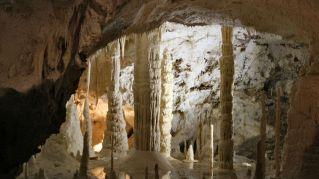 Grotta Giusti, visitare questa cavità carsica