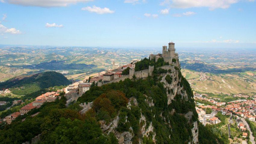 Vivere, lavorare e mangiare a San Marino