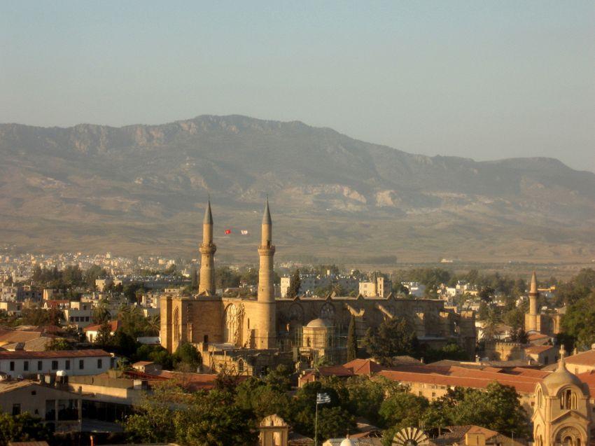"""Nicosia, capitale di Cipro: cosa visitare nella città """"divisa"""""""