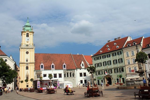 Vivere, lavorare e mangiare a Bratislava, capitale slovacca
