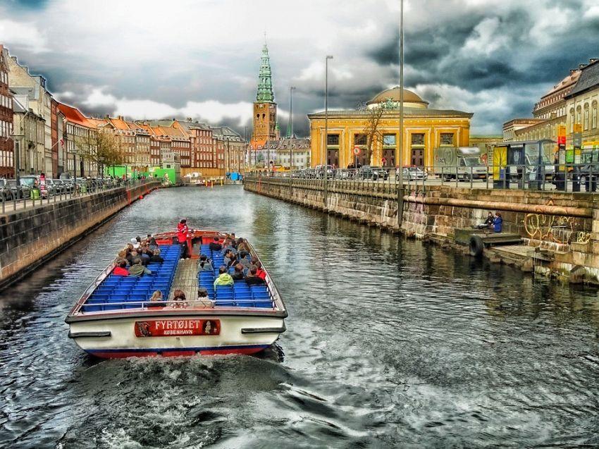 Ecco tutti i consigli per una vacanza a Copenaghen, capitale danese