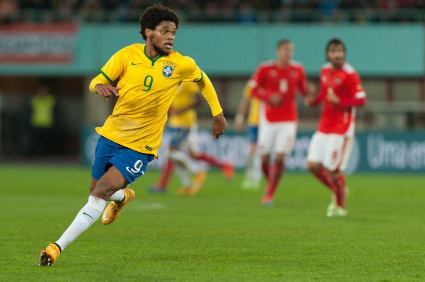 Luiz Adriano, carriera dell'attaccante brasiliano del Milan