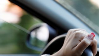 Come viaggiare da sole in sicurezza: consigli utili e utili abitudini