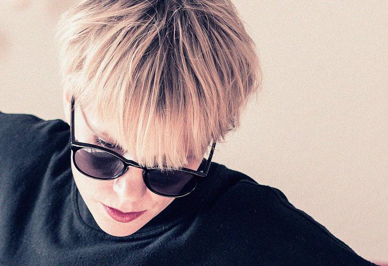 Le acconciature per capelli corti: creative e piene di personalità