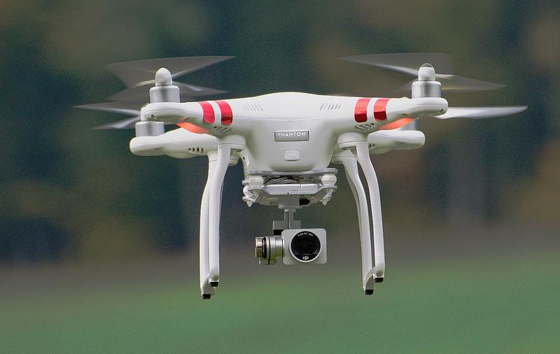 Droni sempre più smart: autopilota e 'stalking' automatico