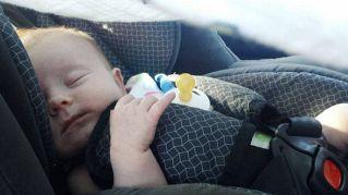 In viaggio con il bimbo, 8 trucchi per evitare la catastrofe