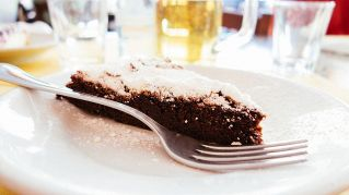 Brownies, come fare la torta al cioccolato morbida