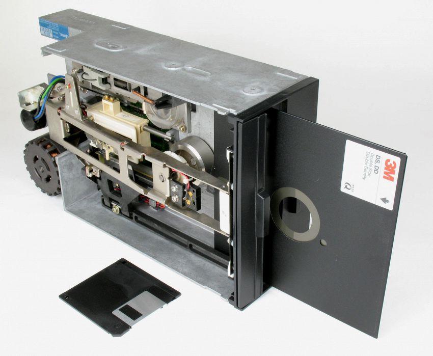Il Pentagono usa ancora i floppy disk per guidare i missili nucleari