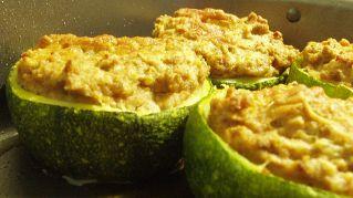 Ricetta di stagione: zucchine ripiene vegan
