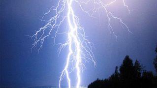 Non andate su quel lago: in Africa il record mondiale dei fulmini