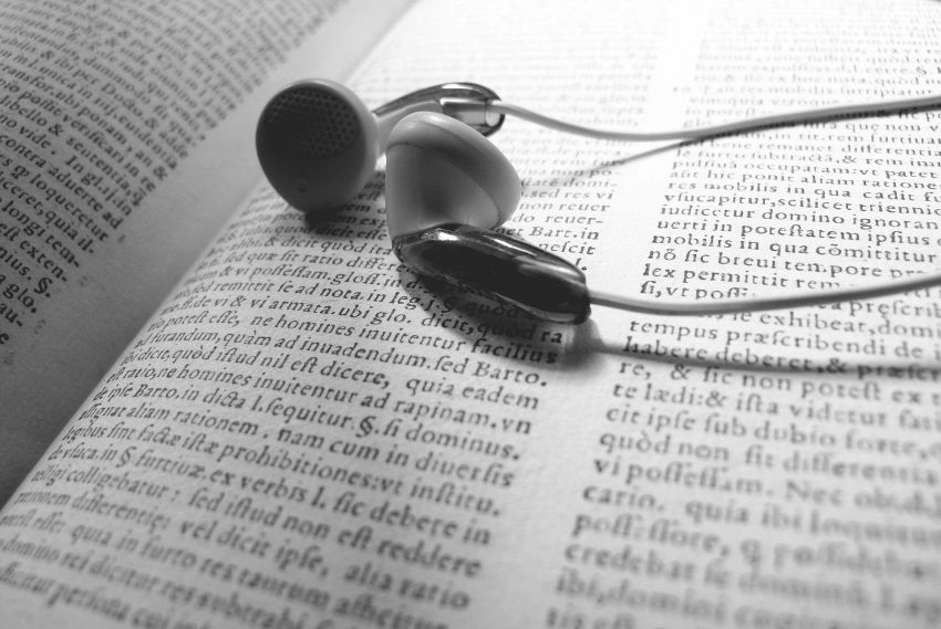 Arriva Audible: un catalogo di audiolibri letti da voci celebri