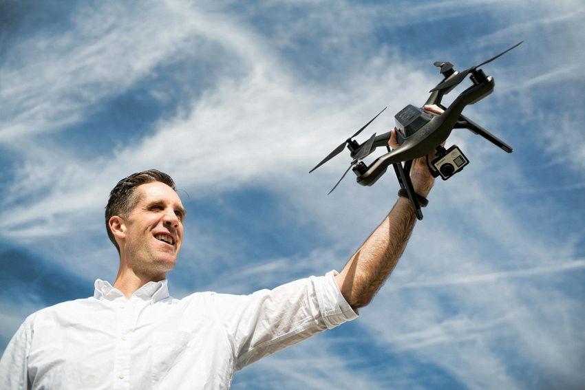 Caccia al drone, il nuovo sport promosso da Mountain Dew