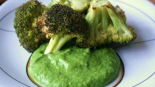 Pesto di broccoli: ingredienti e segreti per una preparazione al top