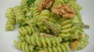 Pesto rucola e noci: ingredienti e preparazione della ricetta
