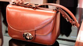 Come riconoscere una borsa falsa rispetto a una originale