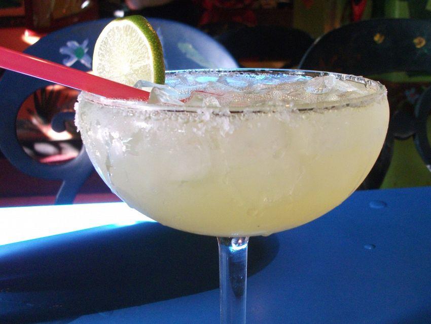 Margarita: quali sono gli ingredienti di base e come si prepara