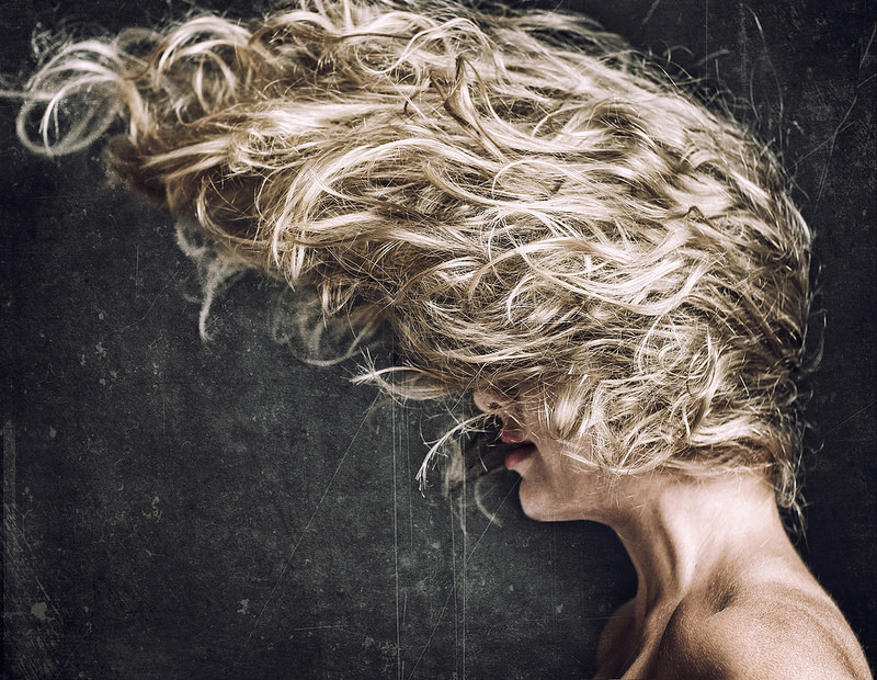Pelle e capelli sani e splendenti, usiamo l'olio di Neem