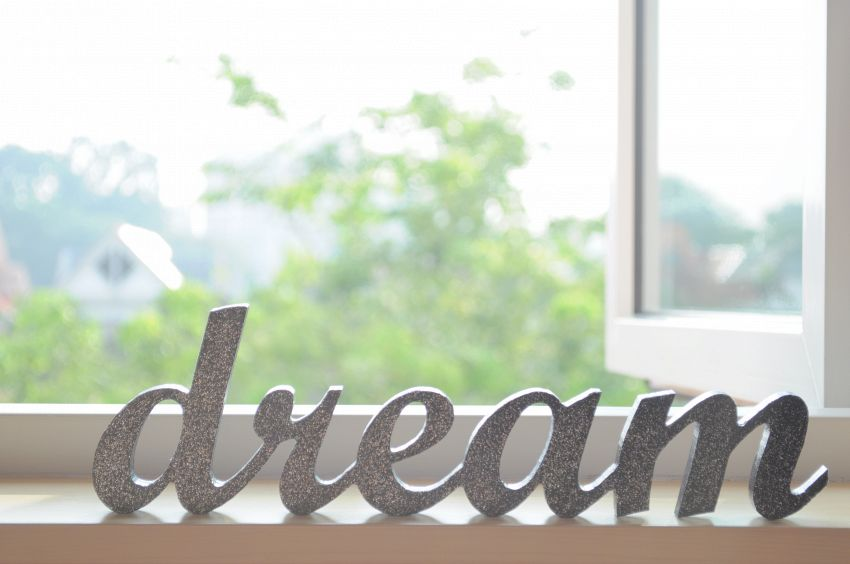 Il significato dei sogni: topi, acqua, scale e essere incinta
