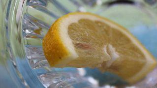 Come usare la buccia di limone, 7 usi alternativi