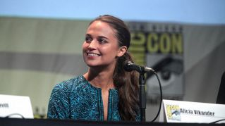Chi è Alicia Vikander, la nuova Lara Croft dopo Angelina Jolie