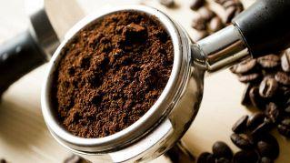 Tutti gli incredibili usi dei fondi del caffé, per la casa e la cucina