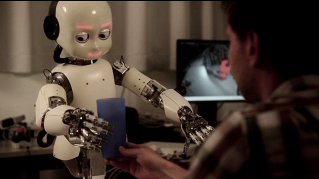 Sì, un giorno l'intelligenza artificiale controllerà il mondo