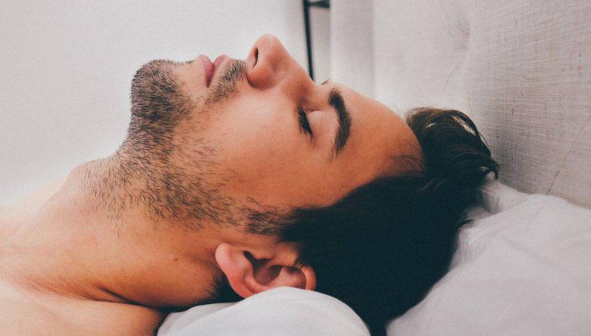 Vai a dormire sempre troppo tardi? Ecco perché accade