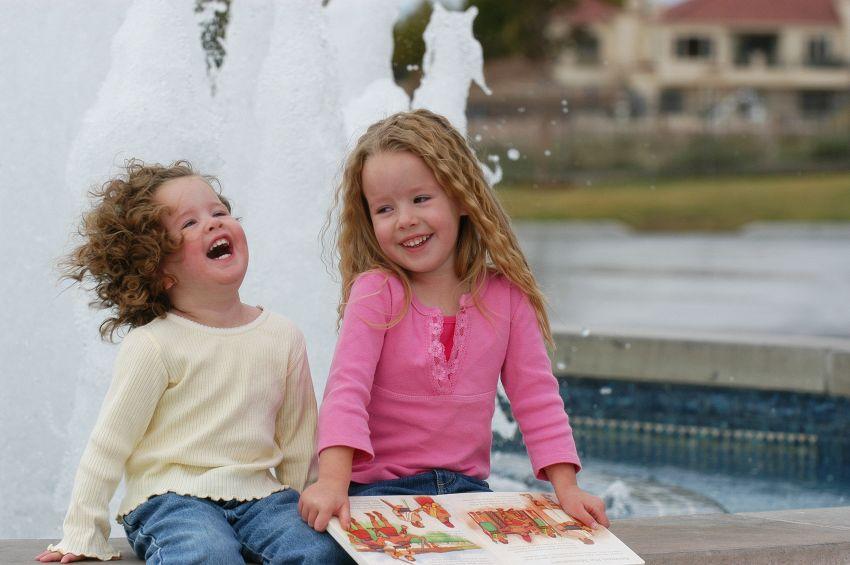 5 attività e giochi per intrattenere e divertirsi con i figli