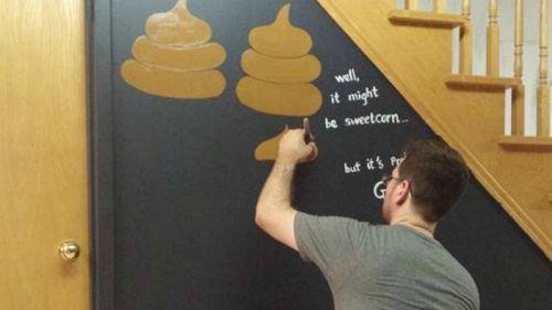 Apre il Poop Café, dolci e vivande a tema tra wc e sciacquoni
