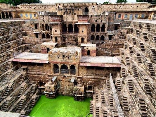 Chand Baori: il pozzo più antico e spettacolare del mondo