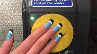 Arriva la manicure con l'abbonamento metro integrato