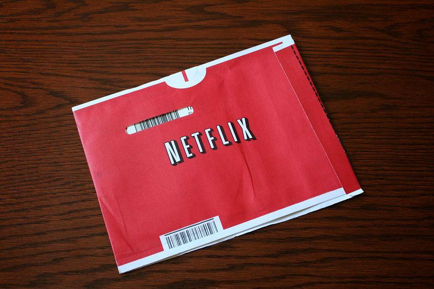 La storia di Netflix, la tv dal tubo catodico a Internet