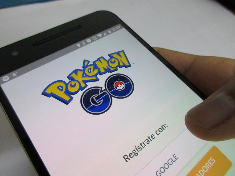 Pokemon GO, il gioco per smartphone che coinvolge anche troppo