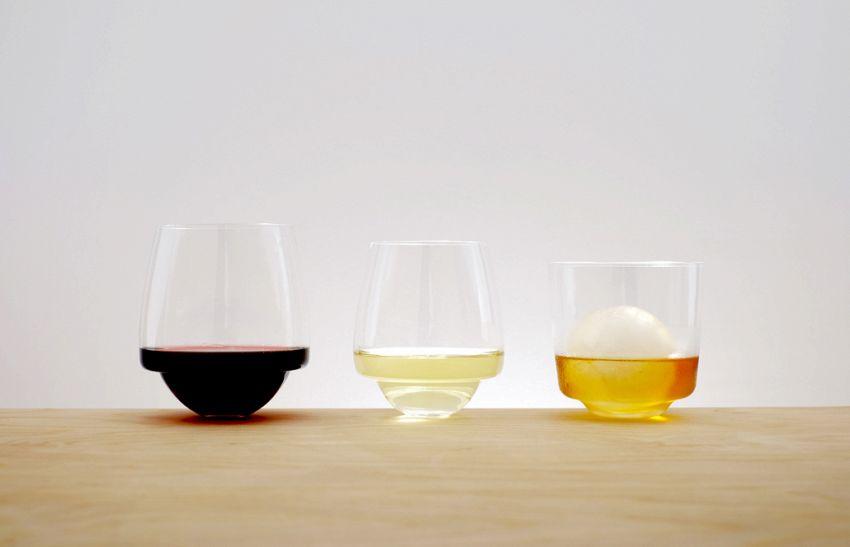 Non rovescerete mai più un bicchiere, il vino ringrazia